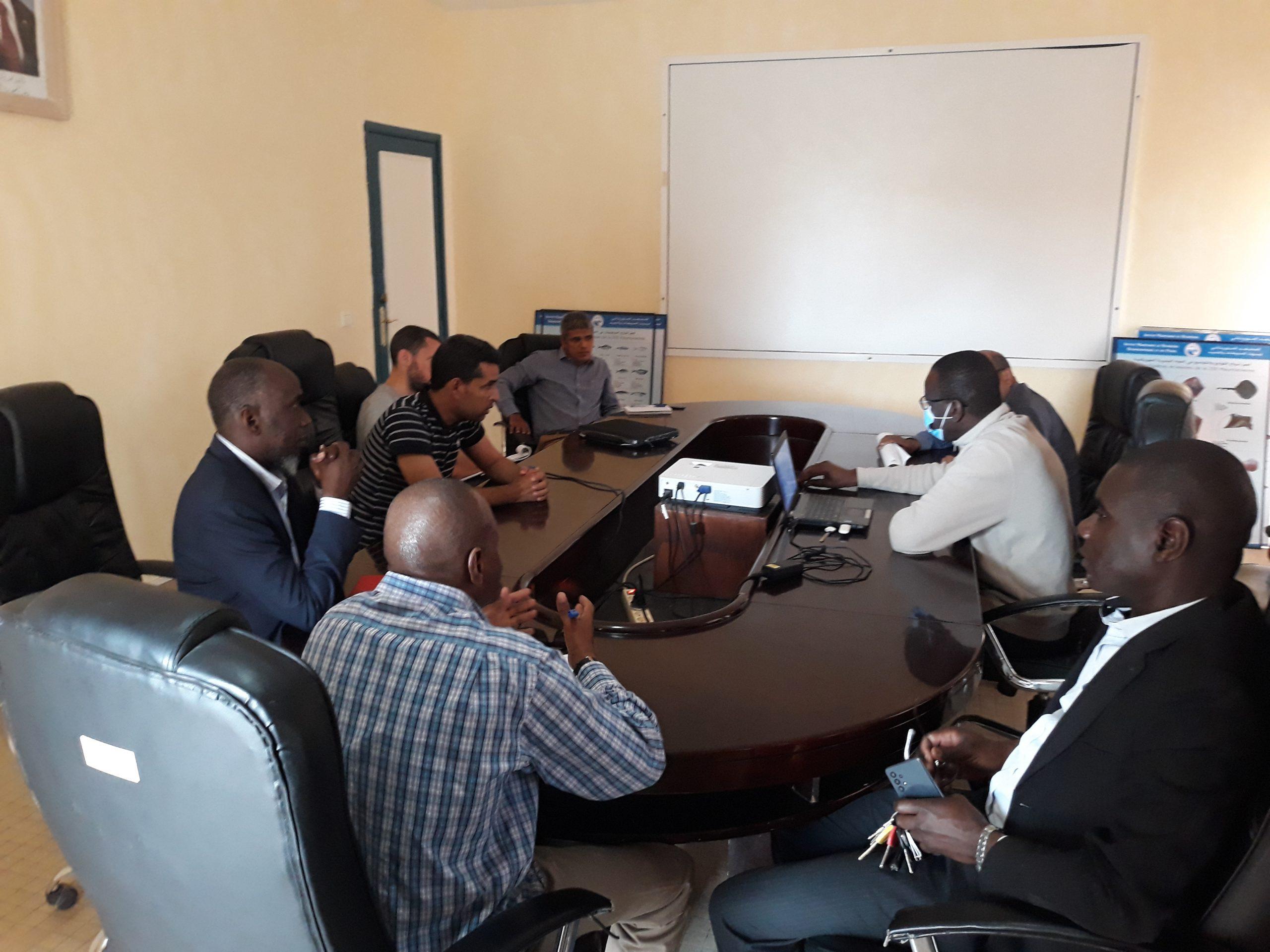 Réunion à l'IMROP pour la préparation de la 2ème mission du N/O «Amrigue» au PNBA, dans le cadre du programme  de recherche « Tortues d'Arguin » (ISPA – IMROP – PNBA)